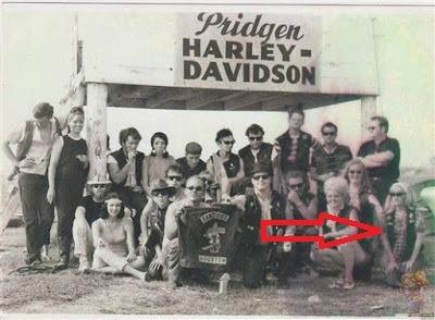 1-Bandidos-MC-1960s-1-female-member-on-right